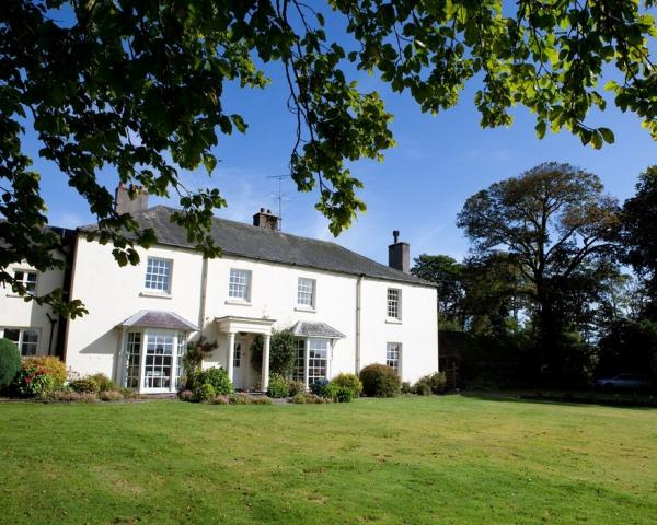 group accommodation exmoor, cottages for groups,