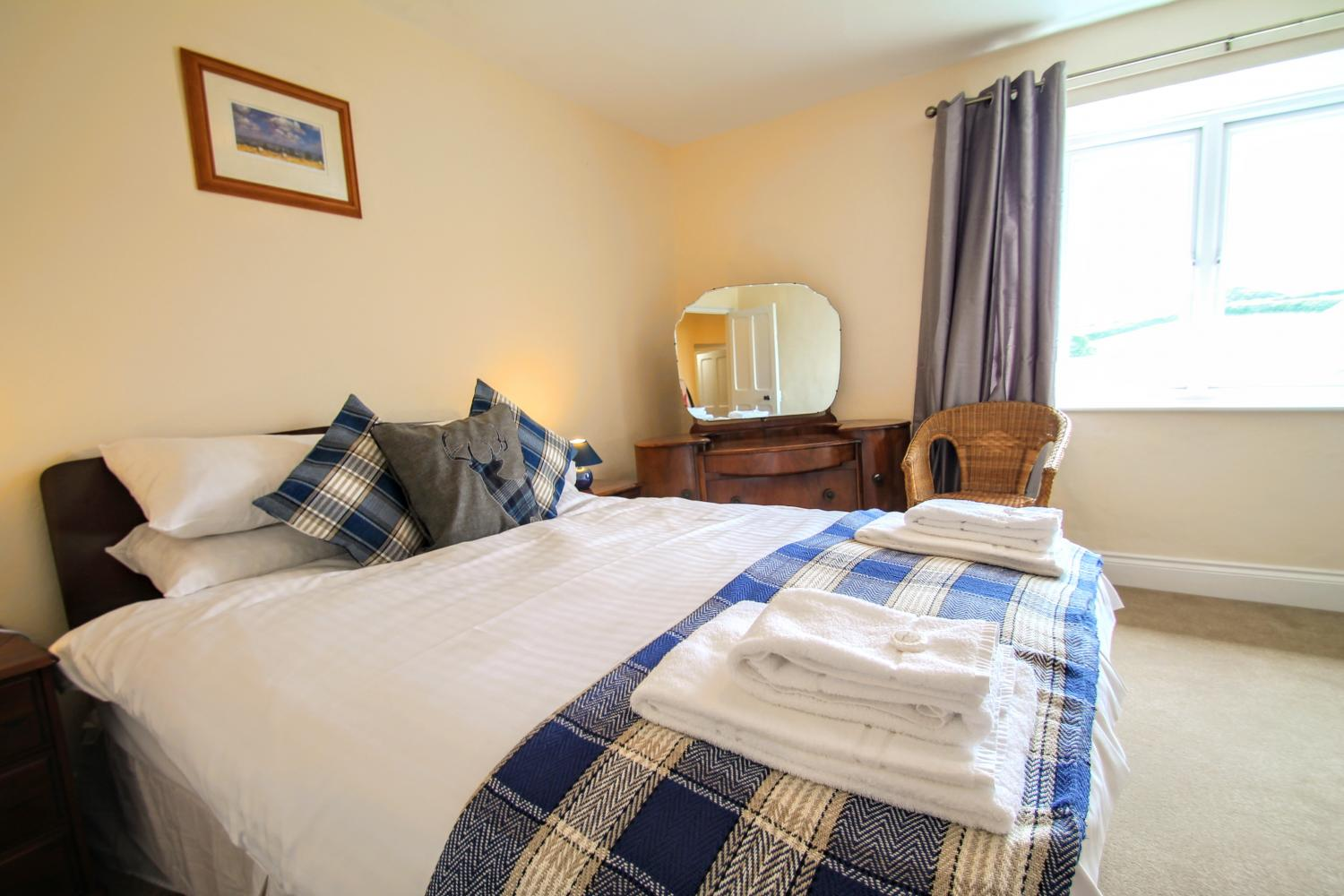 upcott farmhouse exmoor group accommodation bedroom