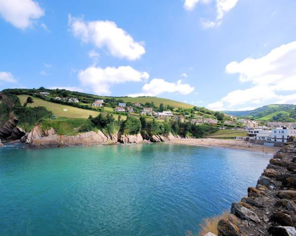 Combe Martin Bay. Self-catering holiday cottages in Combe Martin