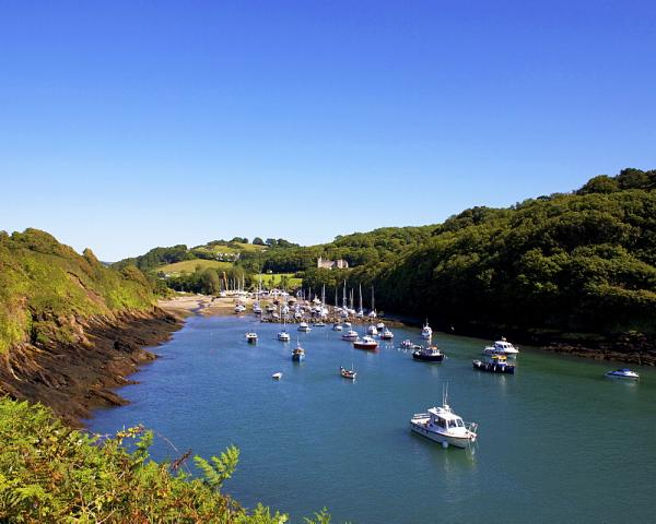 Find places to stay in Berrynarbor and Watermouth near Ilfracombe, Devon