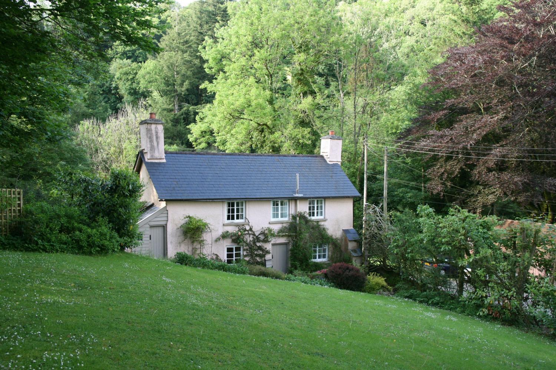 Ball Cottage Winsford