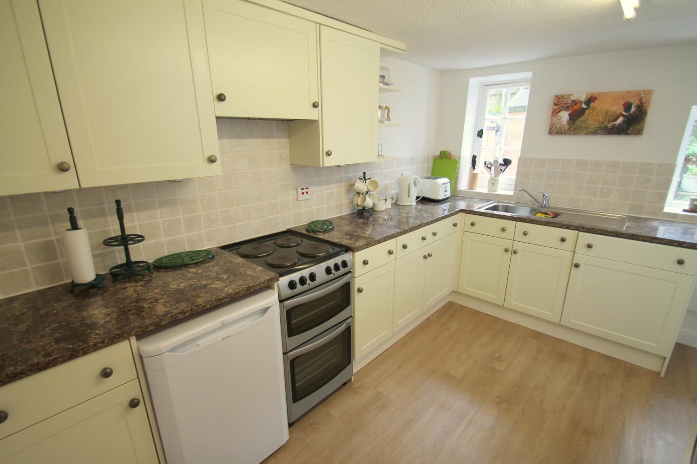 No 4 Lowerbourne kitchen