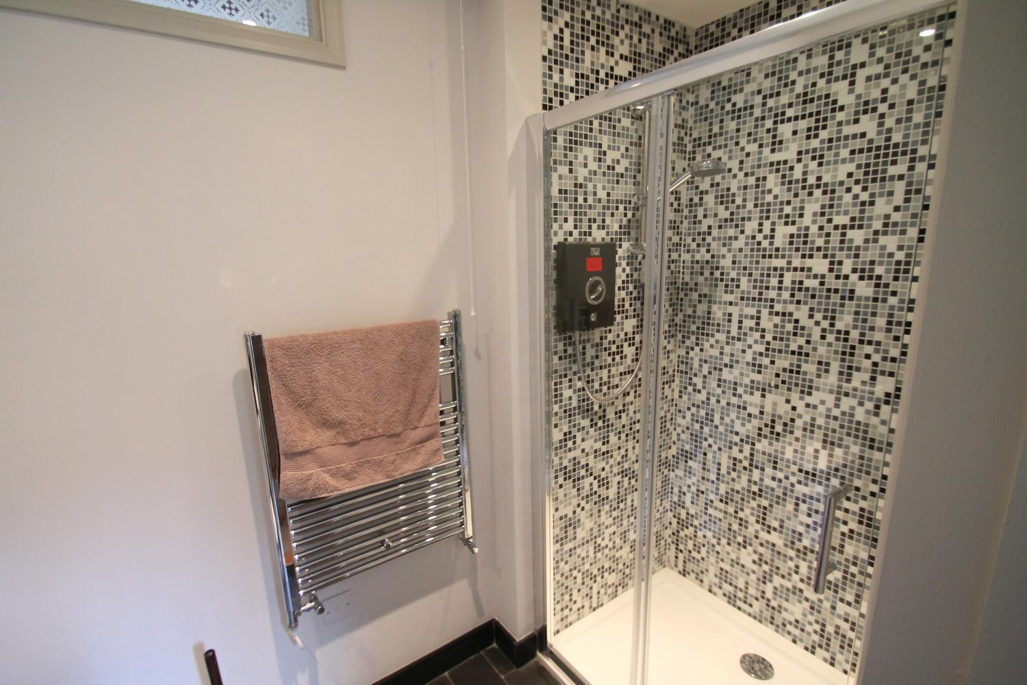 Shower room for Bedroom 3