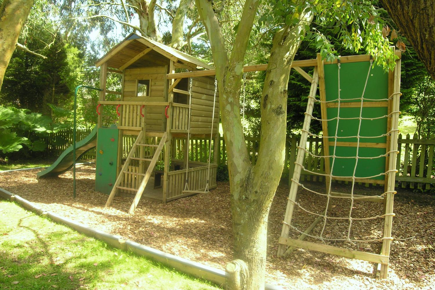 Gate Lodge Play Centre