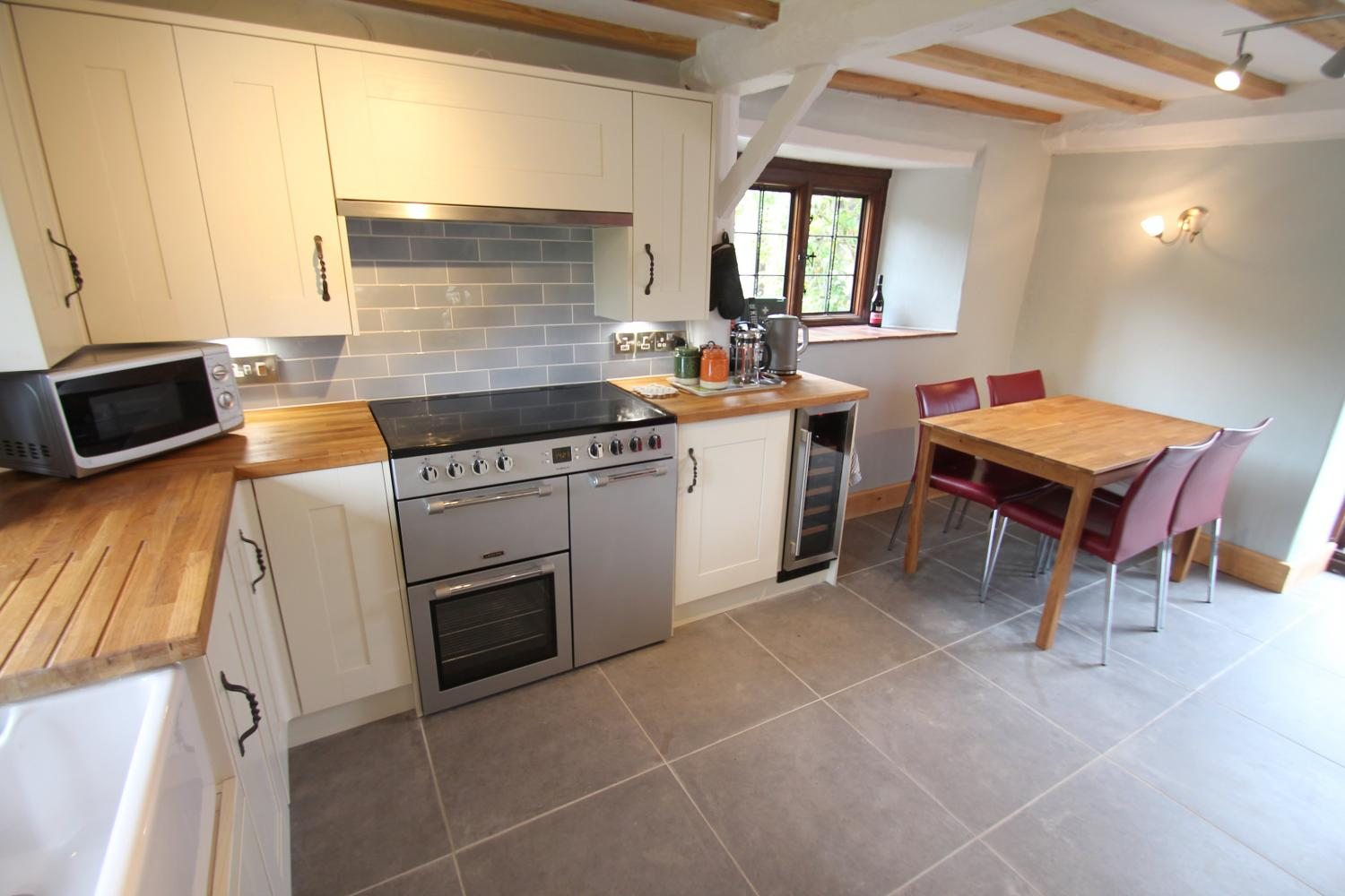 Winder Cottage kitchen and dining room
