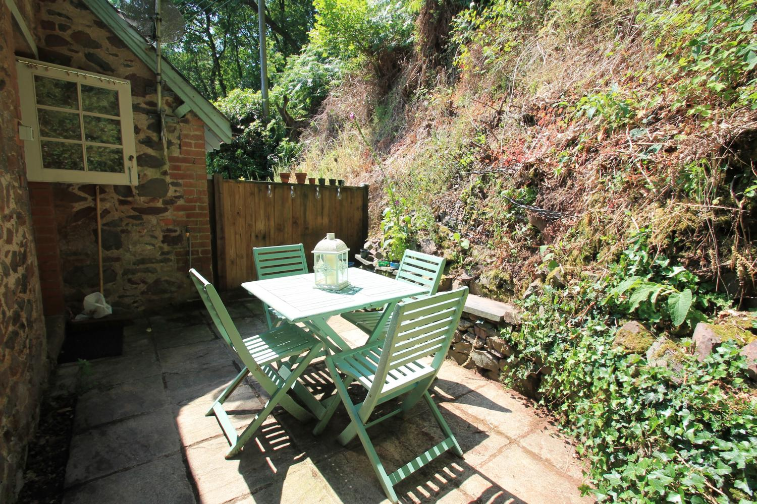 Watermill Cottage private patio to the rear