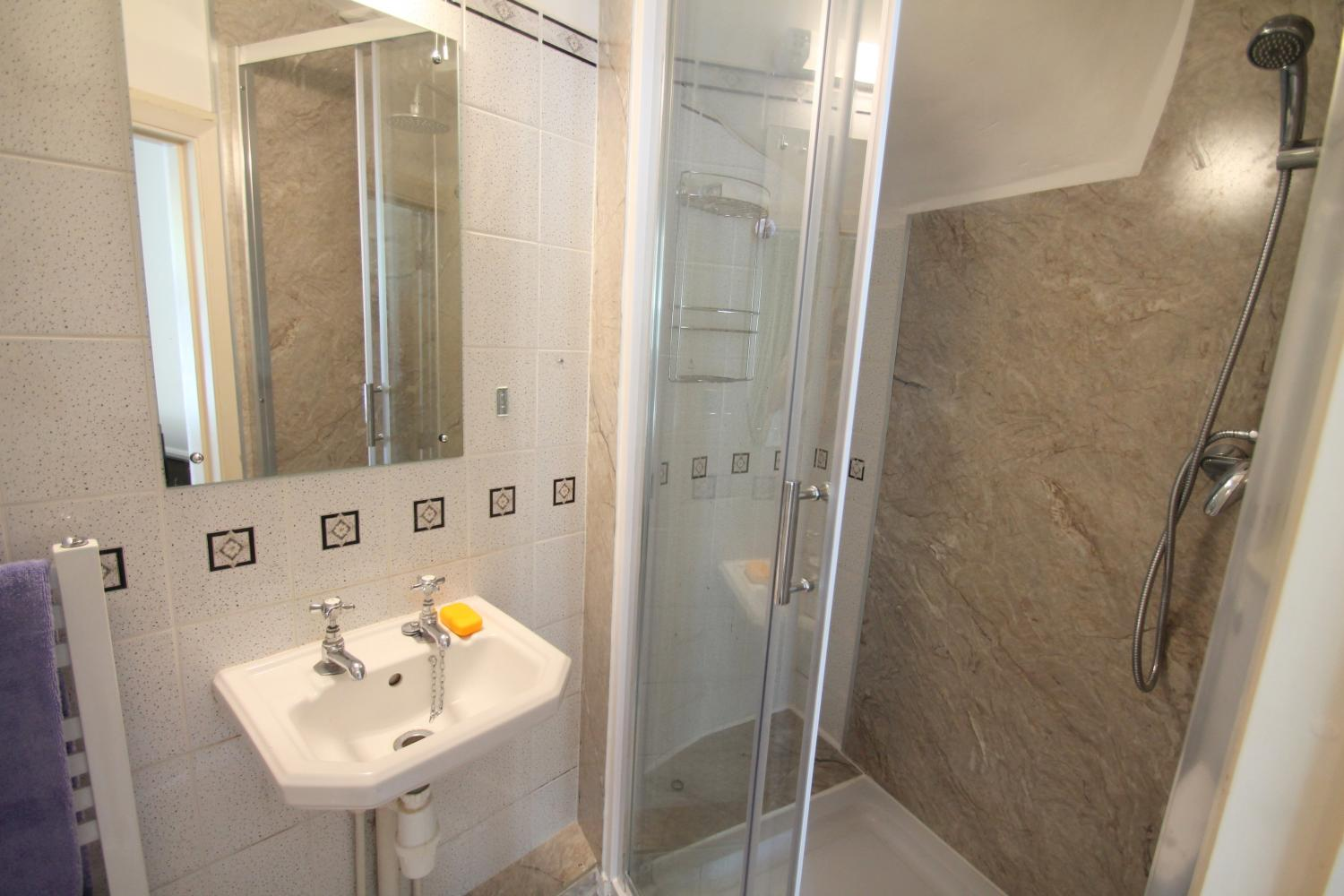 En suite shower area.