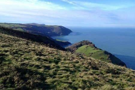 The stunning coastline near Lynton