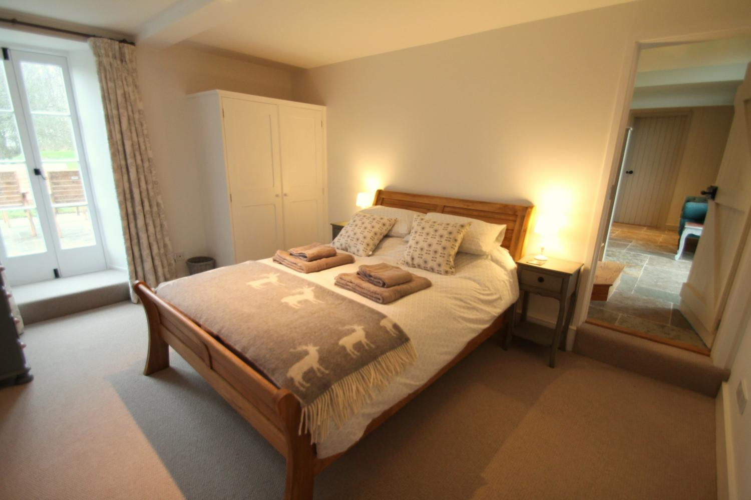 The duvets are 13 tog and each bed has a cosy blanket in case the weather turns chilly during your stay.