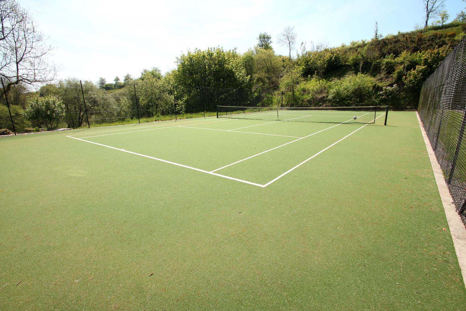 Middle Stolford tennis court for use by our guests