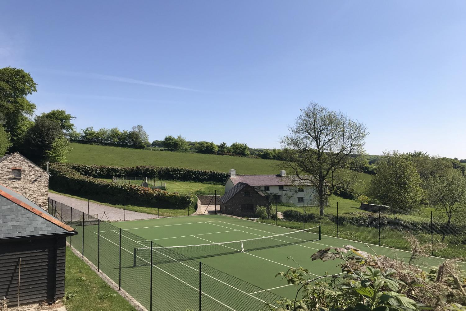 Middle Stolford Cottage and tennis courts