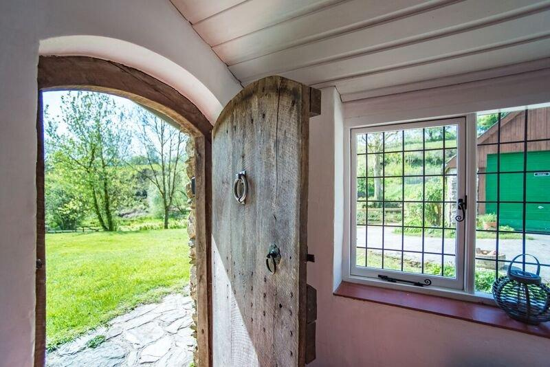 Middle Stolford boot room door to garden