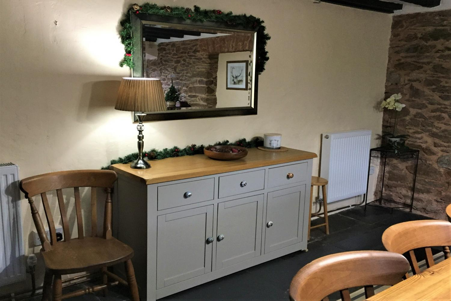 Christmas - Sideboard in dining room